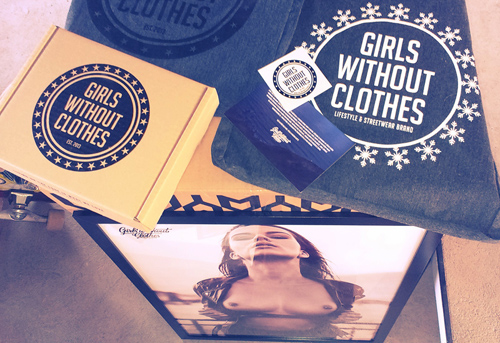 Girls without Clothes @FashionDeala