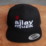 snapback_ajlavmjuzik_logo
