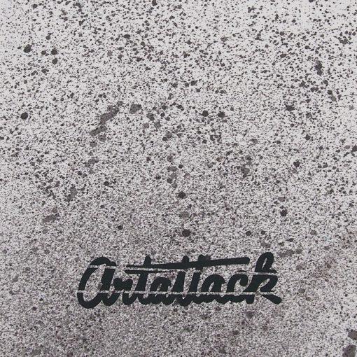 Biely Streetart vak s čiernym dizajnom #3