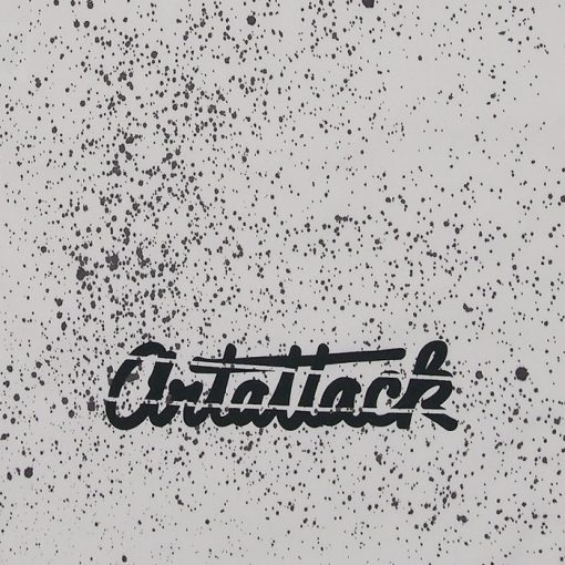 Biely Streetart vak s čiernym dizajnom #5