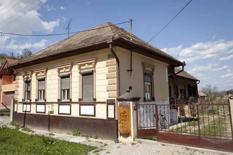 Krajčírska dielňa Kutika - výroba odevov