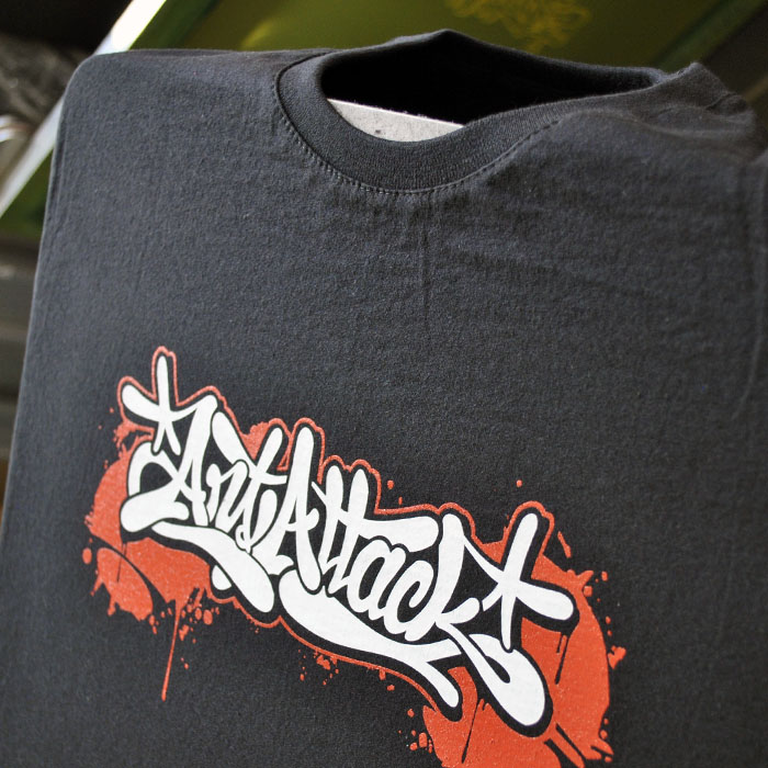 d4d2d5ffa755 Legendárne tričko s graffiti dizajnom ArtAttack - ArtAttack Shop