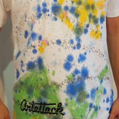 Biele Streetart tričko s farebným dizajnom #9 (veľkosť L)