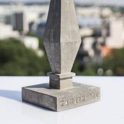 Kamzík - Betonexport / socha