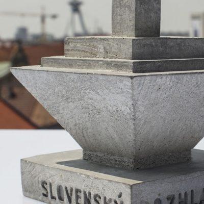 Slovenský rozhlas - Betonexport / socha