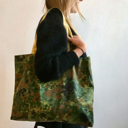 Veľká taška so žltým popruhom / Bartinki