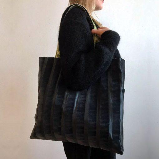 Veľká taška sivo čierna / Bartinki