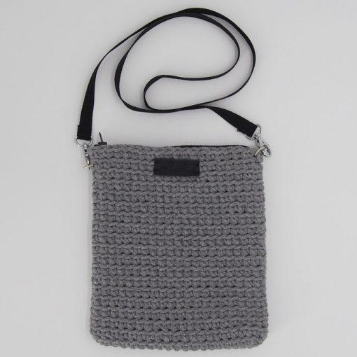 Štrikovaná crossbody taška sivá / Pletka
