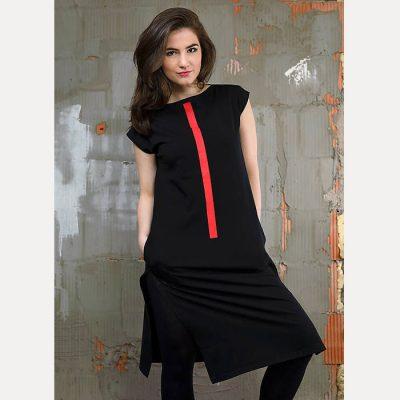 Úpletové šaty čierne s potlačou červený pásik
