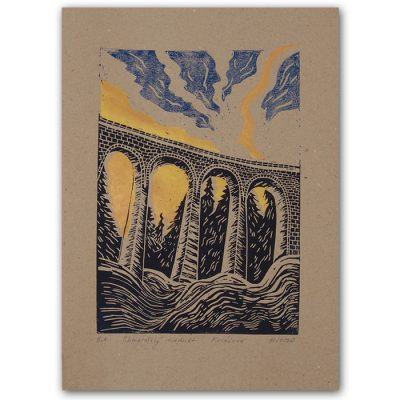 Chmarošský viadukt, hnedý #1 - Petra Kováčová / linorytová grafika