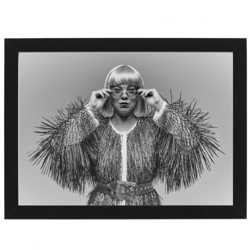 Bratislava Burlesque #1 - Dorota Holubová / foto print v ráme