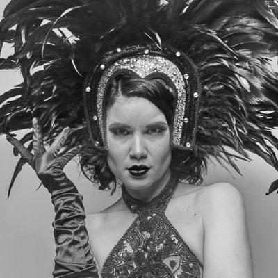 Bratislava Burlesque #3 - Dorota Holubová / foto print v rám