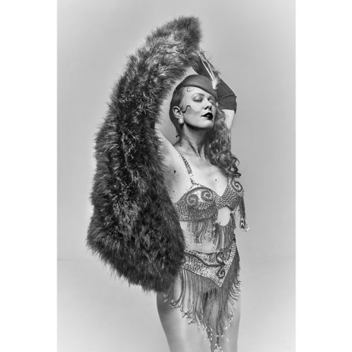 Bratislava Burlesque #4 - Dorota Holubová / foto print v ráme