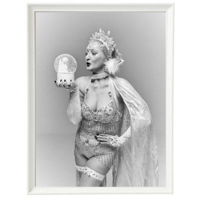 Bratislava Burlesque #5 - Dorota Holubová / foto print v ráme