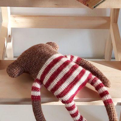 Medvedík Lolo / štrikovaná hračka