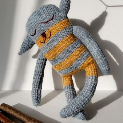 Ovečka Luna / štrikovaná hračka
